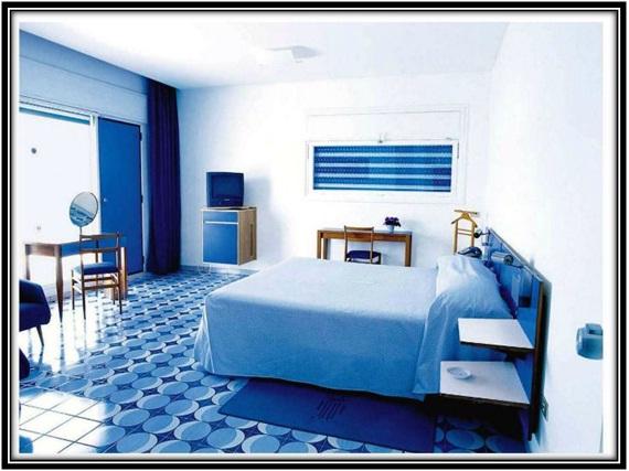 cobalt blue tiles