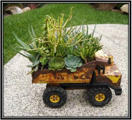Old Toy Plants Home Decor Ideas
