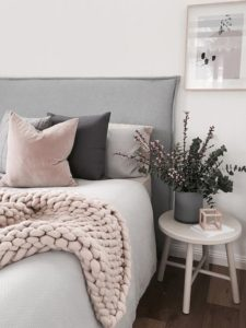 Some Extra Cushions Guest Room Decor Ideas Home Decor Ideas