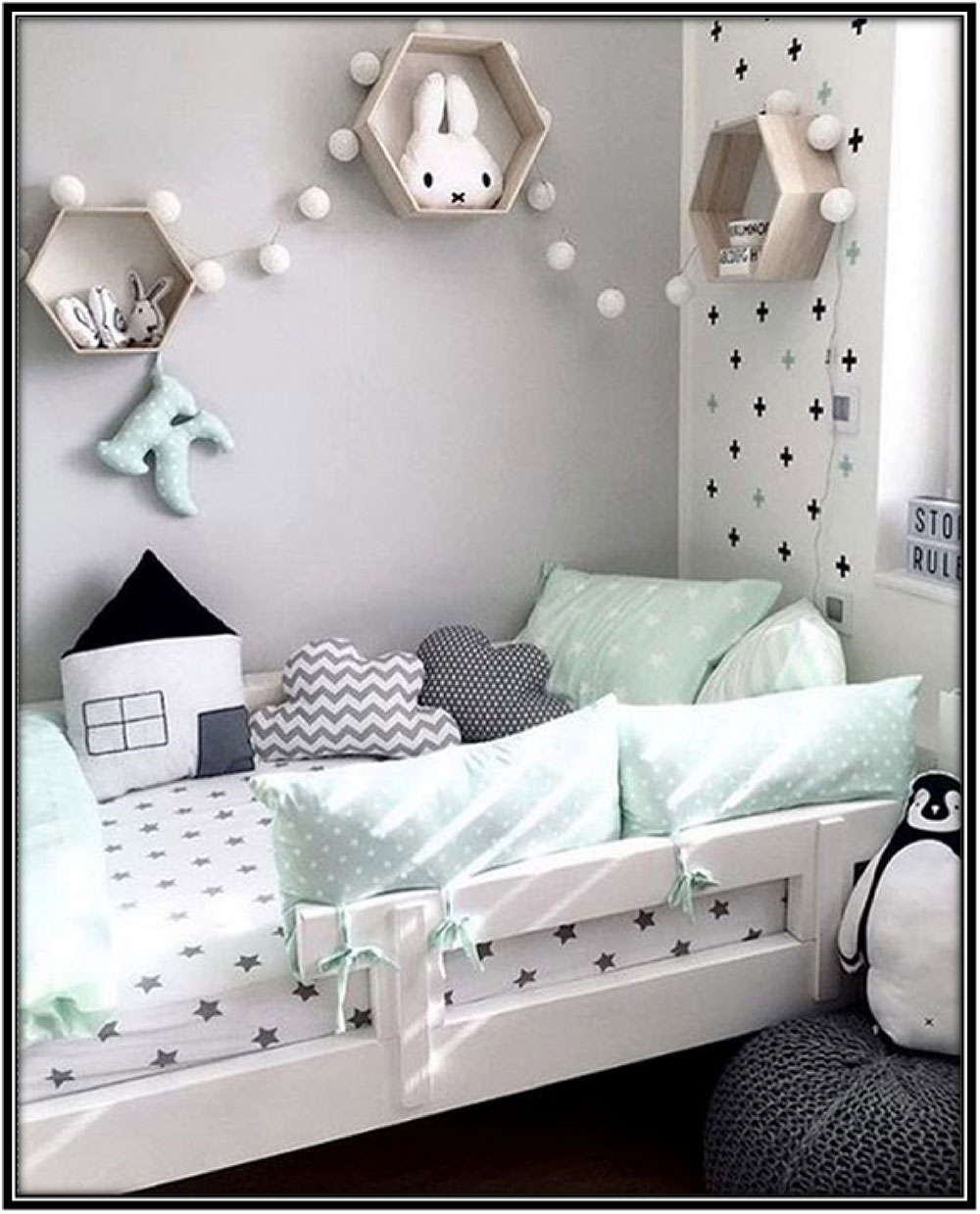 Hexagonal wall hangings - Home decor ideas