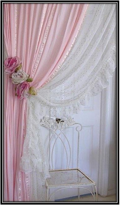 Go Retro Curtain Decor Ideas