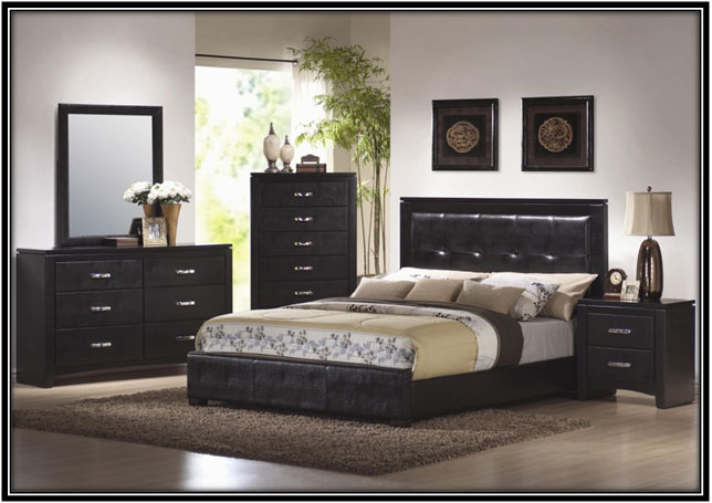 Going Bold With Black Bedroom Decor Ideas