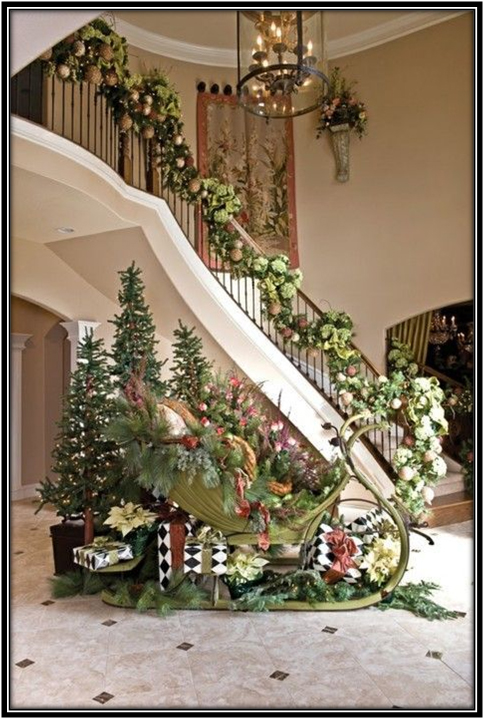Decor Ideas For Foyer And Stars Christmas Decoration