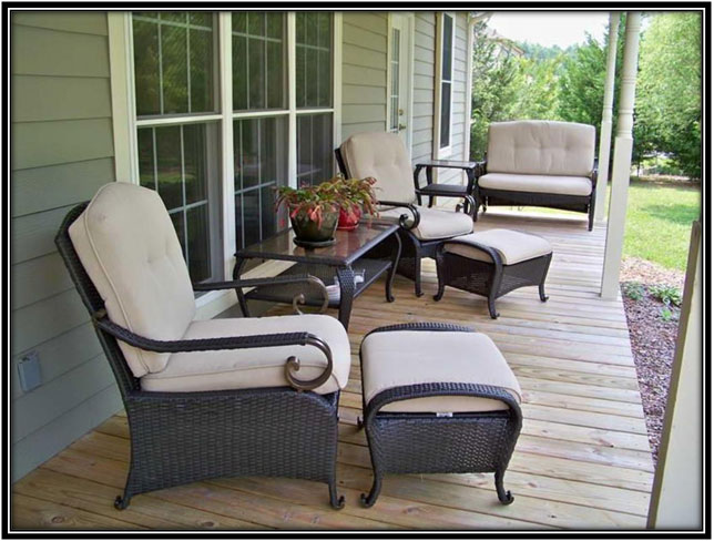 Ottoman In Porch Decoration Ideas
