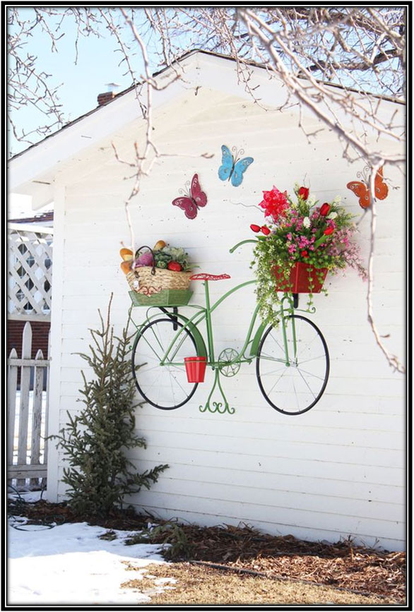 Hand Painting The Garden Wall Garden Decoration Ideas